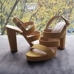Perfect Fall strappy sandals  7